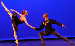 Jenna & Isiah Sumler in Black Swan